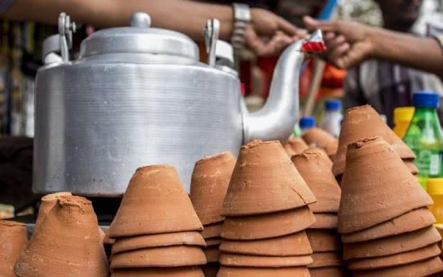 Tea stalls in kettles