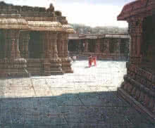 Pravin Pasare | Oil Painting title Vitthala Temple Hampi 7 on Canvas | Artist Pravin Pasare Gallery | ArtZolo.com