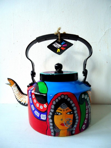 Banjaran Tea Kettle | Craft by artist Rithika Kumar | Aluminium
