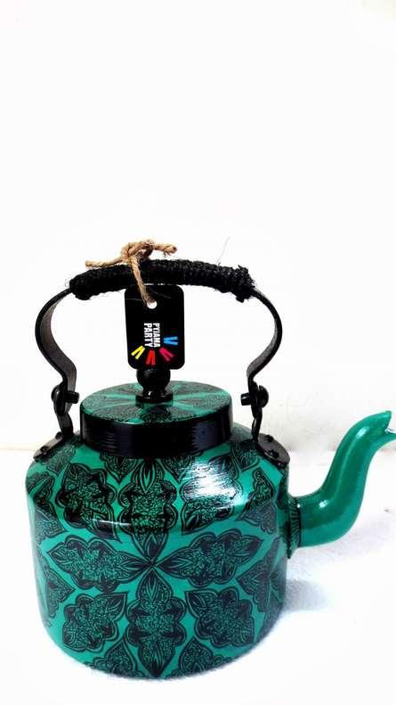 Traditional Arabesque Tea Kettle   Craft by artist Rithika Kumar   Aluminium