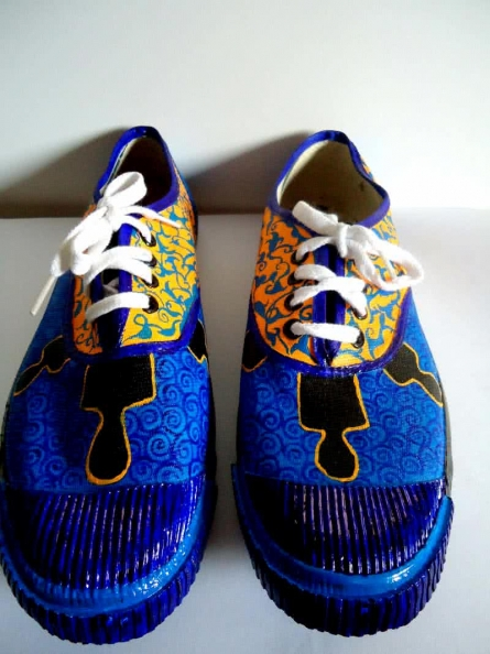 Rithika Kumar | Shady men Blue Hand Painted Shoe Craft Craft by artist Rithika Kumar | Indian Handicraft | ArtZolo.com