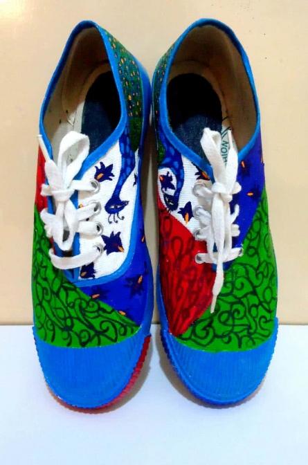 Peek a Boo Hand Painted Shoe | Craft by artist Rithika Kumar | Canvas