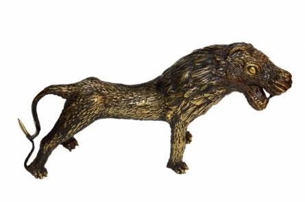 Kushal Bhansali | Bastar Lion 3 Sculpture by artist Kushal Bhansali on Brass | ArtZolo.com