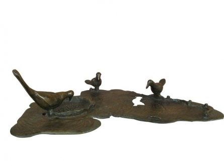 Meeting | Sculpture by artist Asurvedh Ved | Bronze