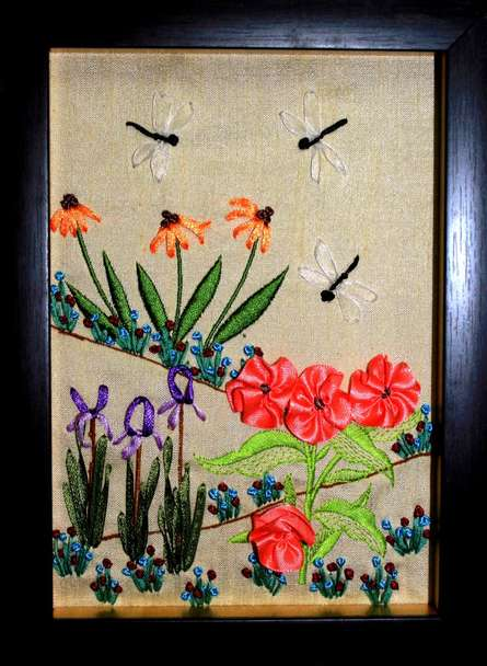 Mohna Paranjape | MRF 2 Mixed media by artist Mohna Paranjape on Cloth | ArtZolo.com
