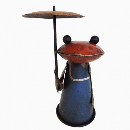 Recycled Frog Bottle Top | Craft by artist Dekulture Works | Recycled Iron