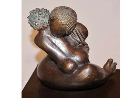 Unconditional Love 2 | Sculpture by artist Sunita  Lamba | Bronze