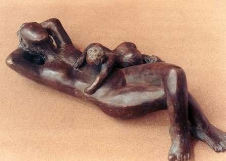 Unconditional Love 3 | Sculpture by artist Sunita  Lamba | Bronze
