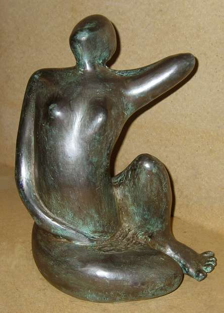 Bronze Sculpture titled 'Grace II' by artist Sunita Lamba