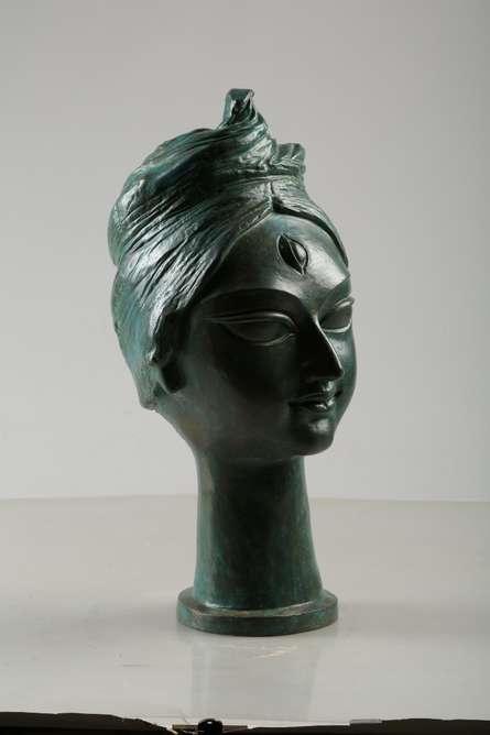 Graceful   Sculpture by artist Tapas Sarkar   Bronze