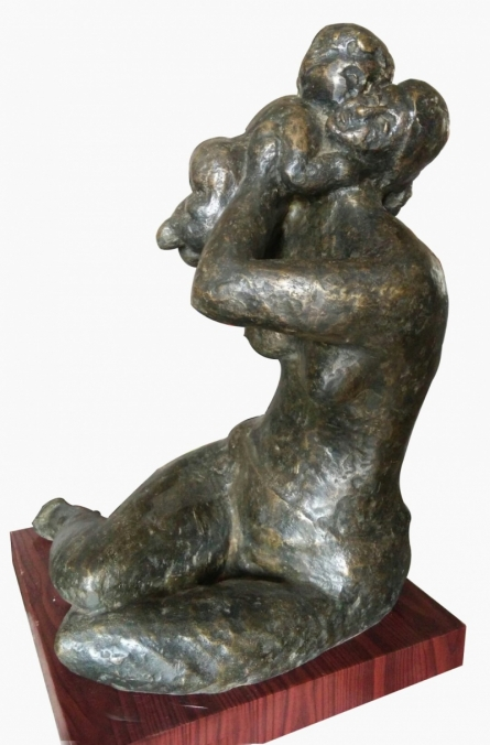 Bronze Sculpture titled 'Mother And Child 3' by artist Shankar Ghosh
