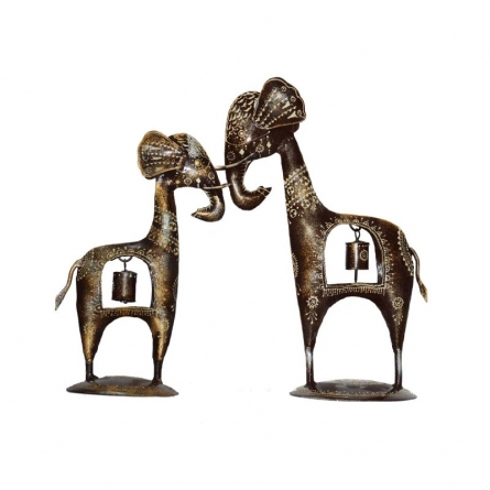 E Craft | Metal Decorative Giraffe Couple Craft Craft by artist E Craft | Indian Handicraft | ArtZolo.com