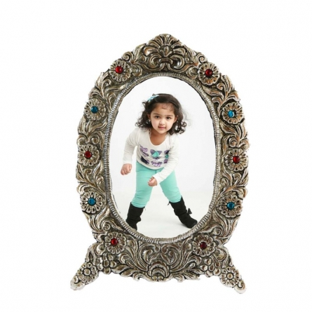 E Craft | Antique White Metal Oval Photo Frame Craft Craft by artist E Craft | Indian Handicraft | ArtZolo.com