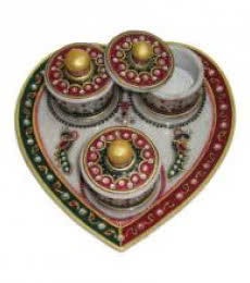Ecraft India | Designer Heart Shaped Tray Craft Craft by artist Ecraft India | Indian Handicraft | ArtZolo.com