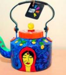 Coy Tea Kettle | Craft by artist Rithika Kumar | Aluminium