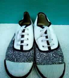 Rithika Kumar | Grey Hand Painted Shoe Craft Craft by artist Rithika Kumar | Indian Handicraft | ArtZolo.com