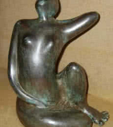 Bronze Sculpture titled 'Grace II' by artist Sunita Lamba