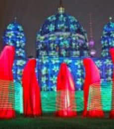 Festival-of-lights-berlin-guardians-of-t | Sculpture by artist Manfred Kielnhofer | polyester