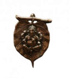 E Craft | Metal wall hanging of Ganesha on Leaf Craft Craft by artist E Craft | Indian Handicraft | ArtZolo.com