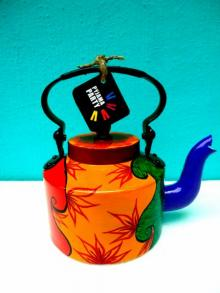 Gypsy Tea Kettle | Craft by artist Rithika Kumar | Aluminium