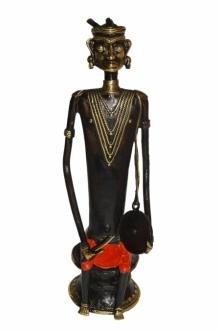 Kushal Bhansali | Musician Man 2 Sculpture by artist Kushal Bhansali on Brass | ArtZolo.com