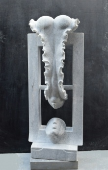 Makrana Marble Sculpture titled 'Love' by artist Pankaj Gahlot